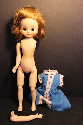 Vintage - BETSY MCCALL - Brunette 8 Inch American Character Doll - Arm detached