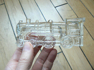 figural candy container - steam locomotive 888