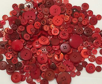 Red Buttons 100pcs Assorted Shades & Sizes Bulk Lot Aussie Seller