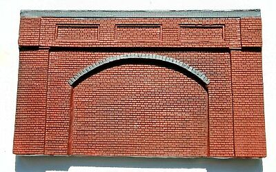 10 X Detailed Model Railway Brown Retaining Wall For HO/ OO Plaster New 05