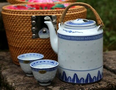 vintage Chinese blue & white TEAPOT and CUPS in a wicker travel Basket