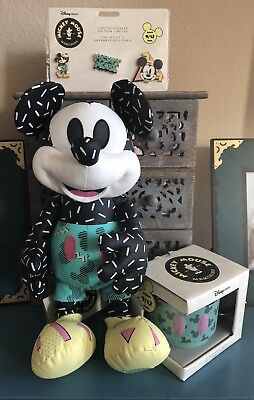 NWT Mickey Memories September Disney Store Limited edition - IN HAND