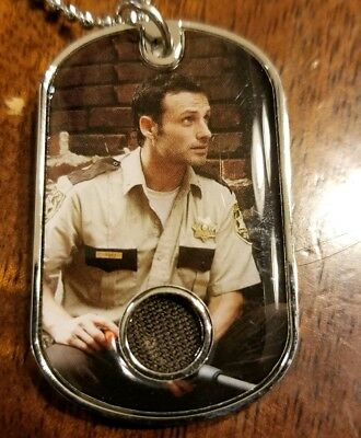 The Walking Dead Memorable Moments Rick Grimes Dog Tag Costume Relic Lincoln