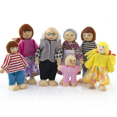 Wood Furniture Dolls House Family Miniature 7 People Doll Kids Role Play Toy