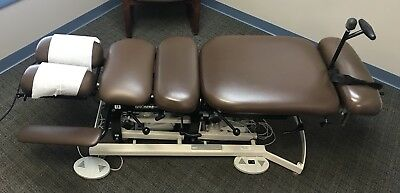 Chattanooga Manual Flexion Chiropractic Table with drops and elevation - Nice!
