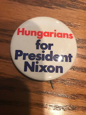Hungarians for President RIchard Nixon Offiical 1972 campaign button pinback