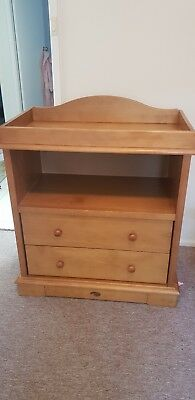 Boori change table with Drawers