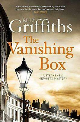 Vanishing Box by Elly Griffiths New Paperback / softback Book