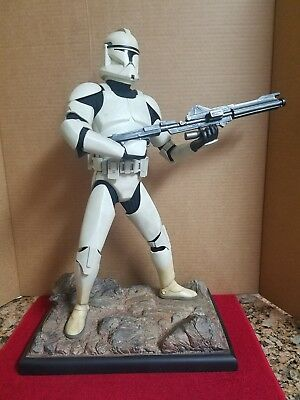 Sideshow - Star Wars - Episode Ii Clone Trooper - Premium Format - Statue - Used