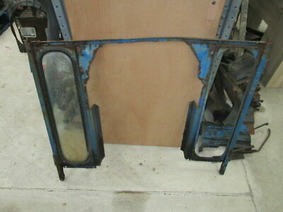 Leyland 255 / 270 Cab Front Lower Frame with One Lower Glass