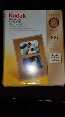 Kodak 8209017 Photographic paper 50 sheets inside packaging