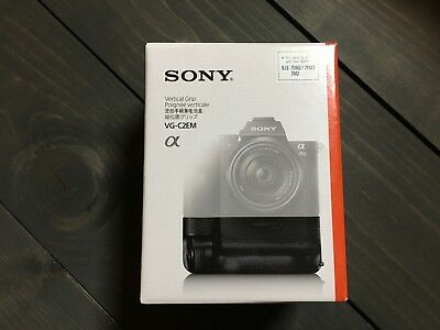 New SONY Genuine VG-C2EM Battery Vertical Grip - A7II A7RII A7SII