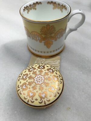 Collectable Bone China Buckingham Palace Mug & Trinket Box