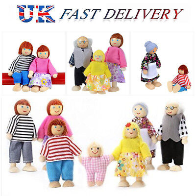 Family UK Sweetbee of people 7 flexible Dolls figures House wooden house doll