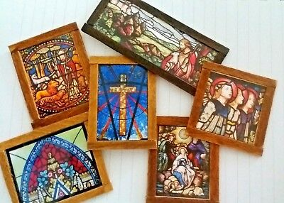 Dolls House A collection of Stain glass look Pictures