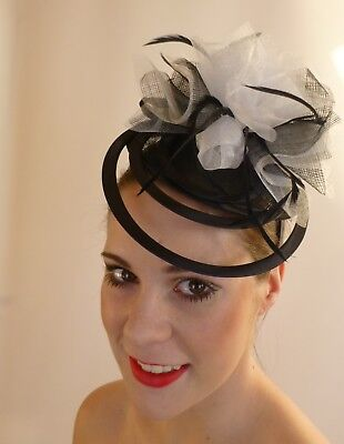 Black White Rings Feathers Fascinator  Hat Races Wedding Melbourne Cup Derby Day