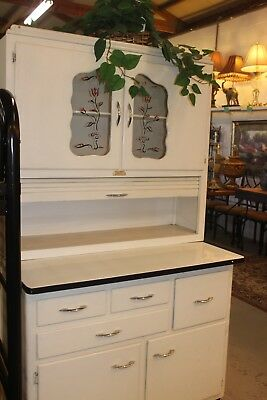 Antique Hoosier Cabinet Pantry 1920-1930 good condition
