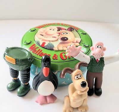 Wallace and Gromit Rocket Tin and Rare Figures from The Wrong Trousers