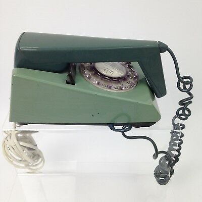 VINTAGE Two Tone Green 1970's Corded Unconverted Landline Home Phone 31721