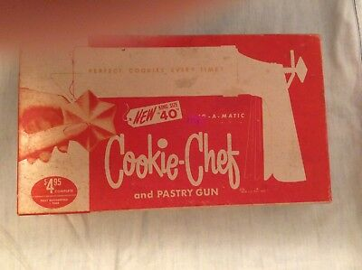 Vintage Trig~A~Matic Cookie Chef #40 in Original Box w Manual and Pastry Gun
