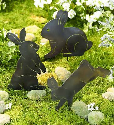 Metal Bunny Silhouette Sculptures Garden Décor with Ground Stakes, Set of 3