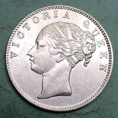 British India-Silver-Victoria Queen-Year 1840-One Rupee-Wt:-11.600 Gm.