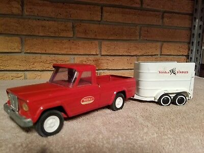 Vintage Tonka Red Jeep Truck With White Horse Trailer