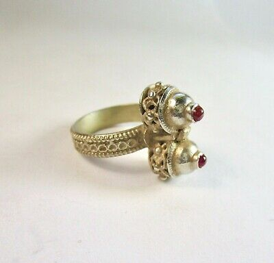 Vintage 925 St. Silver Ring Studded With Rubies