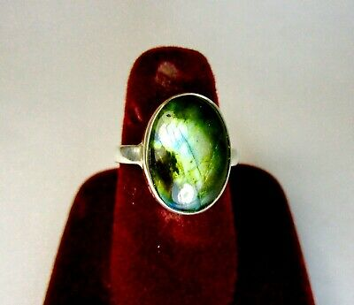 Vintage 925 St. Silver Ring Studded With Labradorite