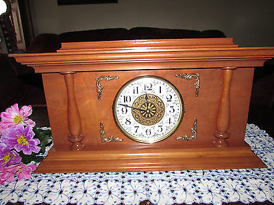 Large Heavy Wooden Mantel Clock Light Oak Quartz Movement Keeps Perfect Time
