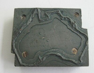 vintage metal & wood PRINTERS BLOCK - map of AUSTRALIA