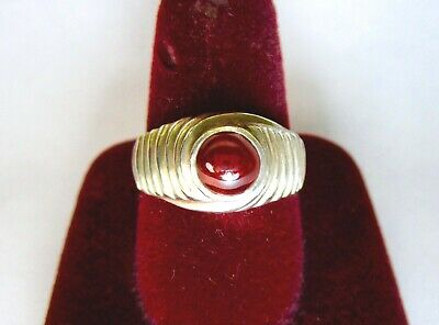 Vintage 925 St. Silver Ring Studded With 6 Mm Round Ruby