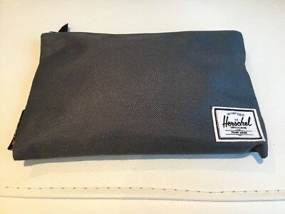 NEW Virgin Atlantic Herschel upper class amenity kit Grey