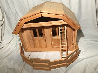 Breyer Tradition Scale Barn Wood Two Stalls Ladder Fencing Loft Panels