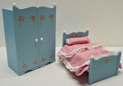 "MADAME ALEXANDER Wooden BEDROOM Set ~ Light Blue BED & ARMOIRE ~ 8""-10"" Doll"