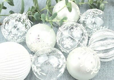 Gisela Graham Christmas Irid White Clear Silver Glitter Glass Bauble Decoration