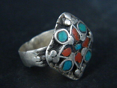 ANTIQUE POST MEDIEVAL SILVER RING WITH NICE STONES 1800 AD No Reserve  TC434