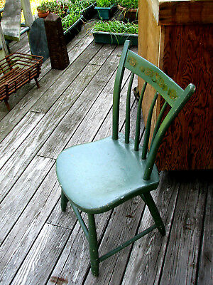 19th C adolescent thumb-back windsor chair