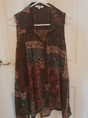 Ladies size 10 Lovely Sleeveless Brown Patterned Top by Valley Girl