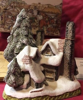 David Winter Cottages Snow Cottage 1984 Christmas Gift! Perfect Collector Item.