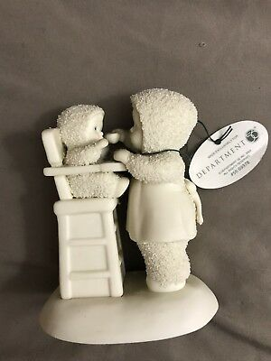 Department 56 Snowbabies Mommy's Little Helper Figurine
