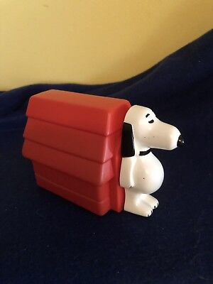 A 1969 Peanuts Character Avon Snoopy & Doghouse With Non Tear Shampoo