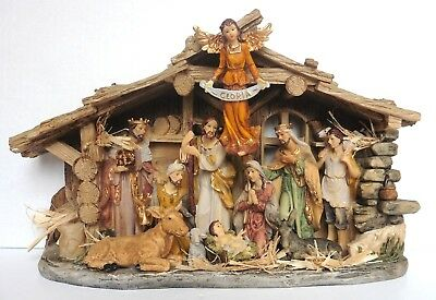 Christmas Nativity Scene - Porcelain 43Cm - Beautiful Detail