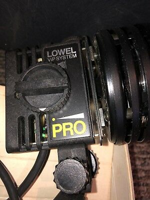 Lowel Pro Light P1-10 ViP System Focusing Flood 250W Tested Working W. Germany