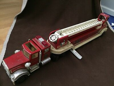 Vintage Tonka Hook and Ladder Fire Truck Engine Toy #1 Red with White Ladder