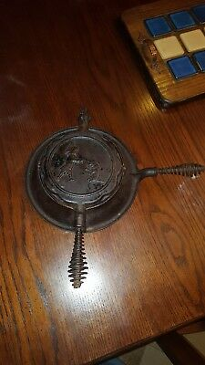 Rare Old Original Dated 1906 Buster Brown & Tige Cast Iron Waffle Iron