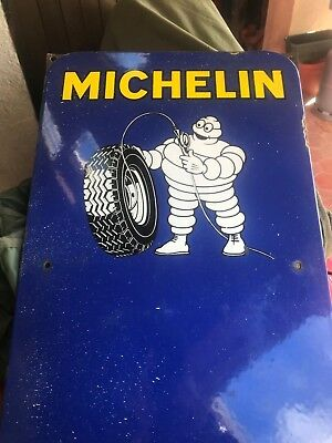 Plaque Michelin .art De France -Luynes.indre Et Loire