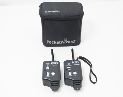 Pocket Wizard Plus II Transceiver 2x with case. Excellent!