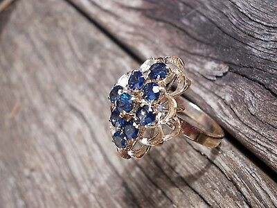 18ct GOLD SAPHIRE RING!  With Valuation!  RRP$1670