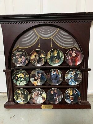 Complete Set Of Gone With The Wind Collector Plates With Display Golden Memories